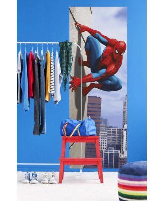 Фотообои Komar Disney Человек-паук, прыжок под углом 90* 1-442